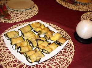 Zawijaski z bakłażanów z białym serem